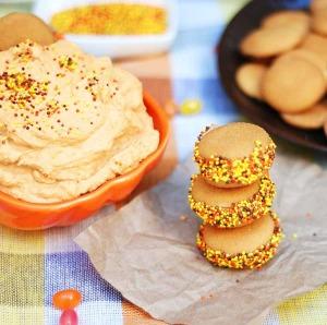 Pumpkin Fluff Sandwiches - easy Halloween party snack