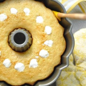 Twinkie Poke Cake