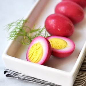 Quick Pickled Eggs with Beets and Onions
