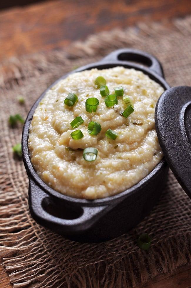 Cheesy Roasted Jalapeño Grits