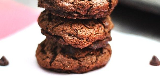 Dark Chocolate Chip Cookies with Coconut Oil