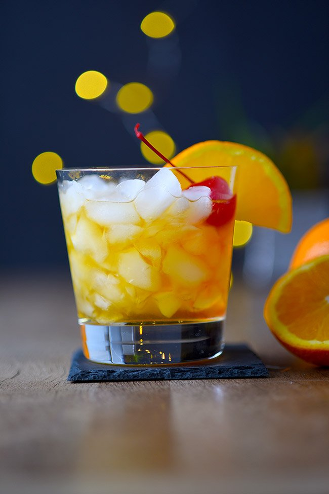 Easy Amaretto Sour Cocktail Recipe