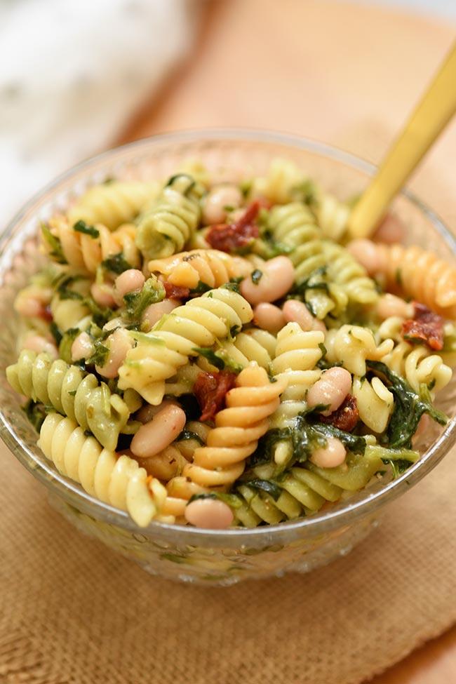 Easy Tuscan Pasta Salad (5 Ingredients)