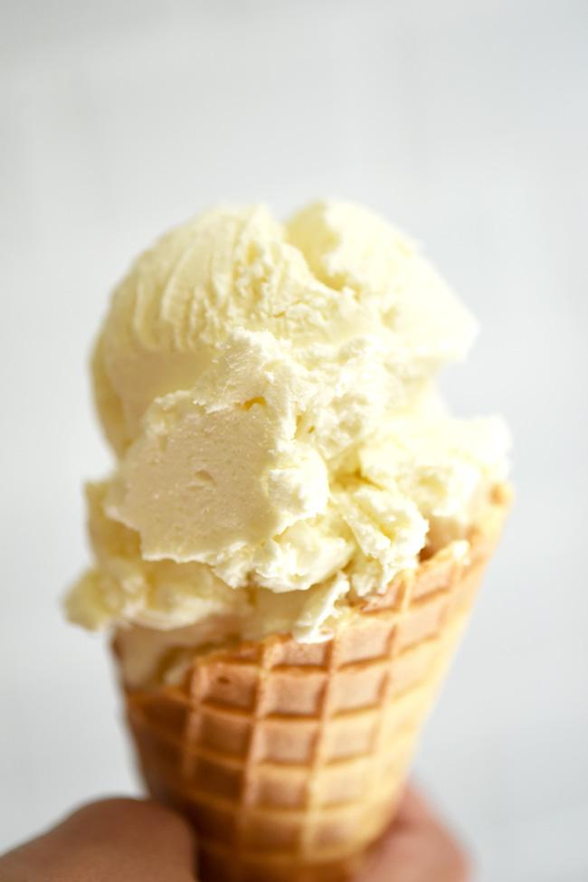 Sweetend Condensed Milk Vanilla Ice Cream