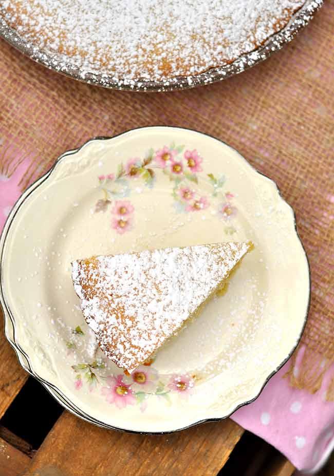 Italian Yogurt Cake