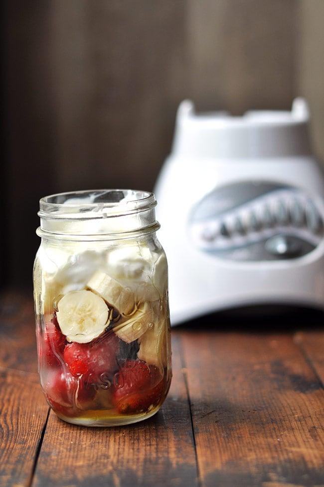 mason jar blender smoothies