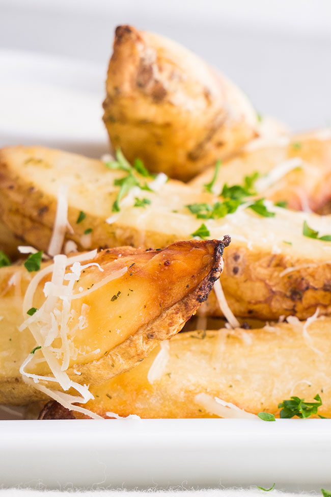 Oven-baked Parmesan Ranch Potato Wedges