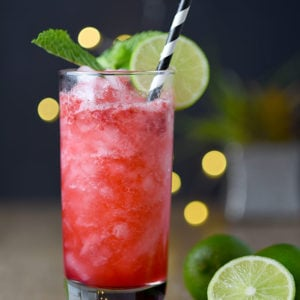 Raspberry Gin Fizz Cocktail