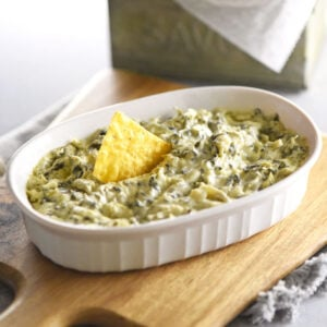 Creamy Spinach Artichoke Dip in serving bowl