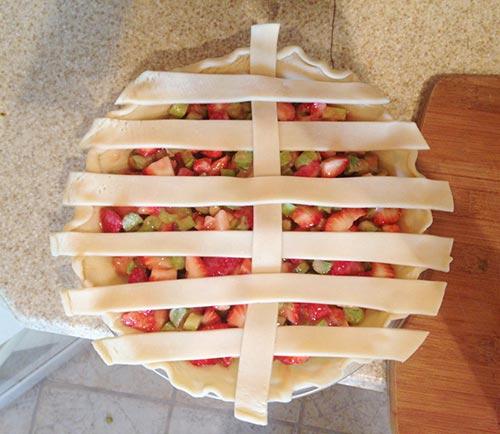 Step 4 - How to Make a Lattice Pie Crust