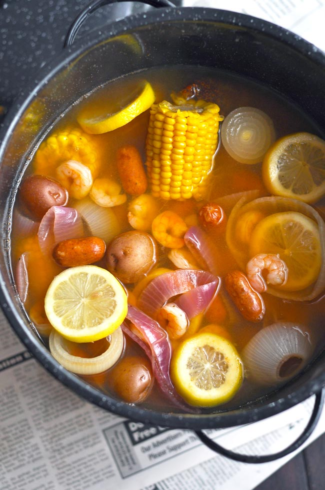 Weeknight Shrimp and Sausage Boil